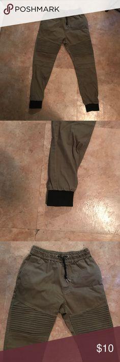 H&M joggers Great condition H&M Pants Sweatpants & Joggers