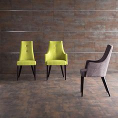 Decoraci n sillas de dise o tapizadas en terciopelo for Sillas rusticas tapizadas