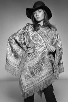 Jacqueline Bisset | 1970s Fashion Photos and Style Icons - 70s Trends and Fashion