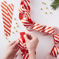 Red & White Paper Chains, Candy Stripe Christmas Decor, Christmas Paper Chains, Christmas Party Decor, Red and Gold Christmas Decor Christmas Paper Chains, Gold Christmas, Christmas Time, Christmas Crafts, Christmas Decorations, Christmas Ideas, Hanging Decorations, Holiday Fun, Whoville Christmas