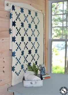 I need this exquisite star quilts Star Quilt Blocks, Star Quilt Patterns, Star Quilts, Two Color Quilts, Blue Quilts, Coastal Quilts, Irish Chain Quilt, Quilt Display, Red And White Quilts