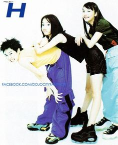 """postvespertine: """"H, a Thailand pop group, with their debut album, Project H """" All of these looks, esp the tank top + baggy rave pants + blobby platform sneaker combo 😍 Human Poses Reference, Pose Reference Photo, Early 2000s Fashion, 90s Fashion, Sixpack Workout, Figure Poses, Fashion Poses, Harajuku Fashion, Retro Futurism"""