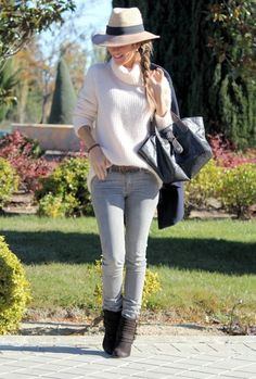 preppy-outfits-girl Stylish Street Style, Street Style 2014, Preppy Outfits, Cool Outfits, Fashion Outfits, Winter Outfits, Winter Trends, Photomontage, Latest Fashion Trends