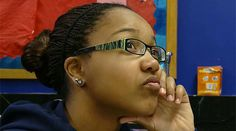 Structure Learning with Essential Questions. By focusing learning around essential questions, students become more engaged in lesson. Watch a video that shows how to structure learning with essential questions for any grade and any subject. Instructional Coaching, Instructional Strategies, Teaching Strategies, Teaching Resources, Teaching Ideas, Parent Resources, Brain Based Learning, Teaching Channel, Learning Targets