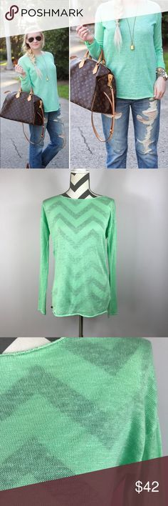 "🖤SALE {Lilly Pulitzer}Green Alana Linen  Sweater Excellent Pre-loved Condition! Lilly Pulitzer Women's Mint Green Alana Linen Boatneck L/W Sweater   Size: Women's XS Measured laying down flat: 25.5"" long, 18"" across bust, 21.5"" long sleeves Material: 100% Linen Description: Lightweight and stretchy, long sleeves, boat neckline, semi-sheer, pullover style, style # 97827  Comes from a Smoke Free Home ID: 1526 Lilly Pulitzer Sweaters"