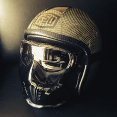 75 of the most creative motorcycle helmets that you have ever seen - Page 2 of 3 Custom Motorcycle Helmets, Custom Helmets, Cafe Racer Motorcycle, Motorcycle Gear, Bike Helmets, Custom Street Bikes, Custom Bikes, Bobber Parts, Futuristic Cars