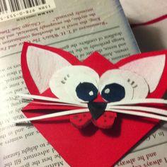 Kitty corner bookmark DIY