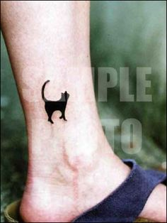 #cat #tattoo on the leg