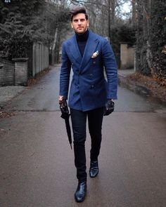 The Best Street Style Inspiration & More Details That Make the Difference MensFashionClassy is part of Mens winter fashion - Best Street Style, Cool Street Fashion, Der Gentleman, Gentleman Style, Stylish Men, Men Casual, Stylish Clothes For Men, Blazer Jeans, Tweed Blazer Men