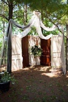 Diy Wedding Ceremony Backdrop Outdoor Old Doors 54 Ideas Woodsy Wedding, Diy Wedding, Wedding Ceremony, Wedding Flowers, Dream Wedding, Wedding Ideas, Trendy Wedding, Circus Wedding, Forest Wedding