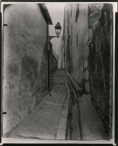 """arsvitaest: """"Eugène Atget, Passage Vaudrezanne, Butte aux Cailles, 1ère épreuve, Paris (XIIIème arrondissement), 1900"""""""