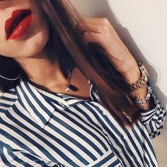 the perfect match: red lips and blue stripes   #fashion#fashionblogger#fblogger #fashionblog #portugueseblogger #girlstuff#girl#instadaily #redlips #lipstick #instagramers #details #vscocam #style #followforfollow #winter#bluestripes #likeforlike #inspo#makeup#inspo2you#loveit #trend#stripes