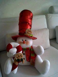 ideas-para-decoracion-con-monos-de-nieve-de-fieltro (54)