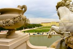 72 hours in Vienna travel itinerary, and to be honest 3 days are enough for a good city trip. Main Attraction, 72 Hours, Vienna, Palace, Statue, City, Travel, Viajes, Cities