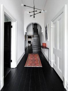 black wood floors, white walls and ceiling Decor Interior Design, Interior Decorating, Decorating Ideas, Decor Ideas, Interior Design With Mirrors, Home Interior, Modern Interior, Interior Styling, Black Wood Floors