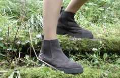 Botas Lombardi del look Saran de Paradiso Perduto Chelsea Boots, Ankle, Shoes, Fashion, Moda, Zapatos, Wall Plug, Shoes Outlet