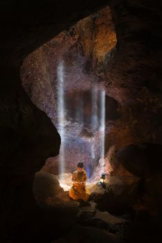 Monk In Cave by Tippawan Kongto on Temple Buddhist Buddha, Art Asiatique, Buddhist Monk, Exotic Places, Jolie Photo, Nice To Meet, Carpe Diem, Photos, Pictures