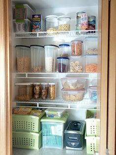 IS there a way to do this without plastics??  IHeart Organizing: February Featured Space: Kitchen - Pantry Reveal