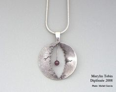Marilyn Tobin, diplômée 2008 ©Photo : Michel Gauvin Washer Necklace, Pendant Necklace, Creations, Canada, Collection, Jewelry, Art, Tools, Jewels