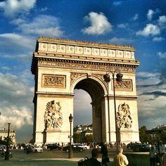 Paris / Arc De Triomphe