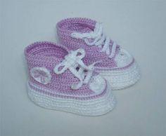 calçado esportivo infantill