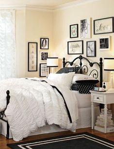 Yellow Girls Bedroom Ideas with Black Metal Bed Frame Teenage Girl Bedroom Designs, Teenage Girl Bedrooms, Girls Bedroom Furniture, Bedroom Decor, Bedroom Ideas, White Furniture, Teen Furniture, Bedroom Girls, Wall Decor