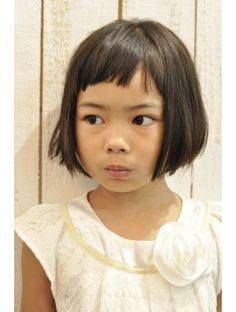 インコンプリート(In complete) キッズ、ショートバングボブ Little Girl Short Haircuts, Girl Haircuts, Boy Hairstyles, Nova Hair, Short Hair Cuts, Short Hair Styles, Violet Hair, Playing With Hair, Toddler Hair