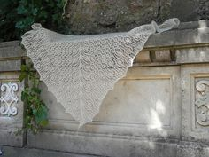 Ravelry: Project Gallery for farandole pattern by Corinne Ouillon