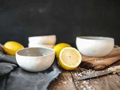 Ceramic Bowls, Stoneware, How To Make Ramen, Original Gifts, Cereal Bowls, White Porcelain, Granola, Bowl Set, Safe Food