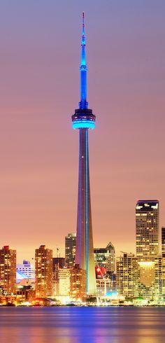 CN Tower, Toronto | Canada (by Tony Shi.)