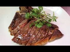 How to Cook a Tender & Juicy T-Bone Steak in the Oven : Meat Dishes Easy recipes video recipe T Bone Steak Recipe In Oven, Tbone Steak In Oven, Meat Recipes, Paleo Recipes, Cooking Recipes, Meat Meals, Chicken Meals, Cooking Time, Chicken Recipes