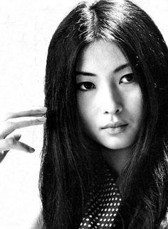 Kaji Meiko (梶芽衣子) 1947-, Japanese Actress
