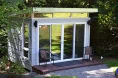 This 10' by 12' Modern-Shed is used as a home office in the greater Seattle area.
