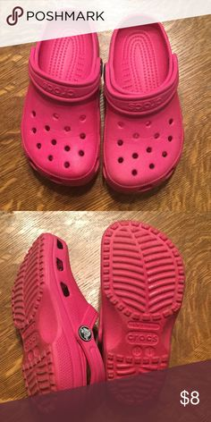 Girls CROCS Pink girls crocs. Good condition CROCS Shoes