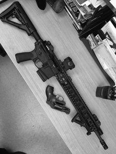 guns Mens Toys, Weapon Of Mass Destruction, Shooting Gear, Personal Defense, Custom Guns, Cool Guns, Military Weapons, Pew Pew, Guns And Ammo