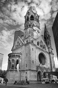 Stunning black and white photo! Taken in Berlin.