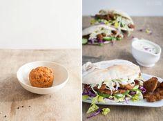 Vegan-Woche 4: DIY Seitan-Gyros mit Estragon-Senf-Soße aus meinem Buch Brot & Aufstrich