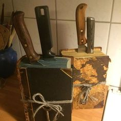 Bildresultat för knivblock av böcker
