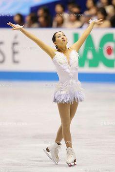 Mao Asada (JPN), APRIL 13, 2013 - Figure Skating : the ISU World team Trophy Figure Skating Championships Women's free skating at Yoyogi 1st Gymnasium, Tokyo, Japan. (Photo by AFLO SPORT).