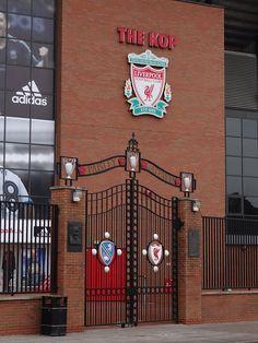 The Kop - Liverpool FC - Anfield - Liverpool Liverpool Anfield, Liverpool Players, Liverpool History, Liverpool Fans, Liverpool Home, Liverpool England, Liverpool Football Club, Liverpool Champions, Liverpool Fc Wallpaper