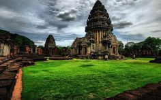 Phimai Historical Park is a treasure trove of Khmer architecture – some of which is even older than the world famous Angkor Wat in Cambodia – and its most important temple marks the end of the Ancient Khmer Highway. Although the structures were constructed for Buddhist worship, evidence of Hinduism and Animism can also be spotted here. The complex as a whole bears a striking resemblance to Angkor Wat, if on a smaller scale.