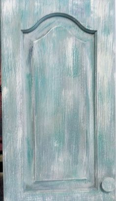 NO SANDING LAYERED LOOK USING CHALK PAINT®BY ANNIE SLOAN