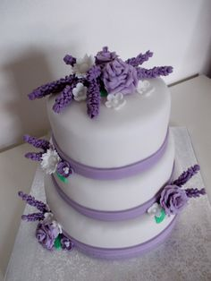 Wedding cake in white and purple color (lilac)