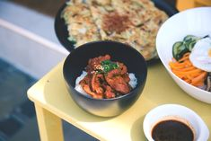 Discover the history and traditions of Chuseok, or the Harvest Moon Festival, and how it's celebrated. Curry Recipes, Paleo Recipes, Dessert Recipes, Cooking Recipes, Protein Recipes, Meat Recipes, How To Make Chili, Prawn Curry, Smiths Food