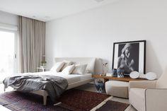Faux Plafond, rideaux encastrés Appartement pour un collectionneur d'art par Consuelo Jorge Arquitetos