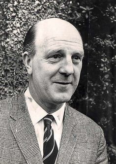 STAN CULLIS, manager