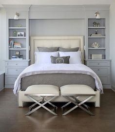 Transitional bedroom with focal point 10 Master Bedroom Design Ideas from Our Fa. Transitional bedroom with focal point 10 Master Bedroom Design Ideas from Our Favorite Homes Bedroom Built Ins, Modern Master Bedroom, Master Bedroom Makeover, Master Bedroom Design, Master Suite, Master Bedrooms, Stylish Bedroom, Double Bedroom, Built In Bedroom Cabinets