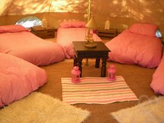 Faraway Hideaway Glamping - 3 bell tents sleeping 15 - Bodenham Herefordshire - self catering in Heart of England