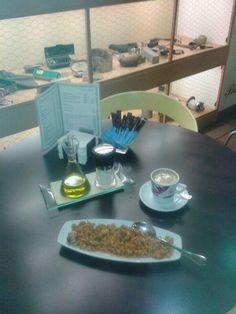 Ricas migas extremeñas #Desayuno  #RayaAromasysabores #Badajoz #Bar #Gastrobar #Restaurante #Tapas #ComerBien