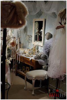 Dodatki ślubne to w tym roku najważniejszy element Panny Młodej zaraz po sukni.
